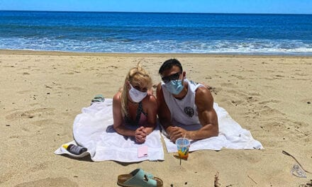 Open up Post: Hosted By Britney Spears And Her Awesome Boyfriend's Beach Day (Complete With Masks)