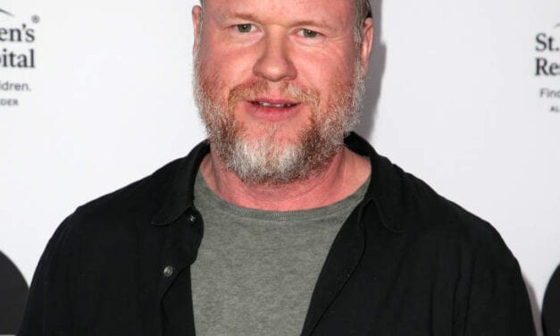 "Beam Fisher Called Out Joss Whedon On Twitter To be Gross And Unprofessional For the Set Of ""Justice League"""