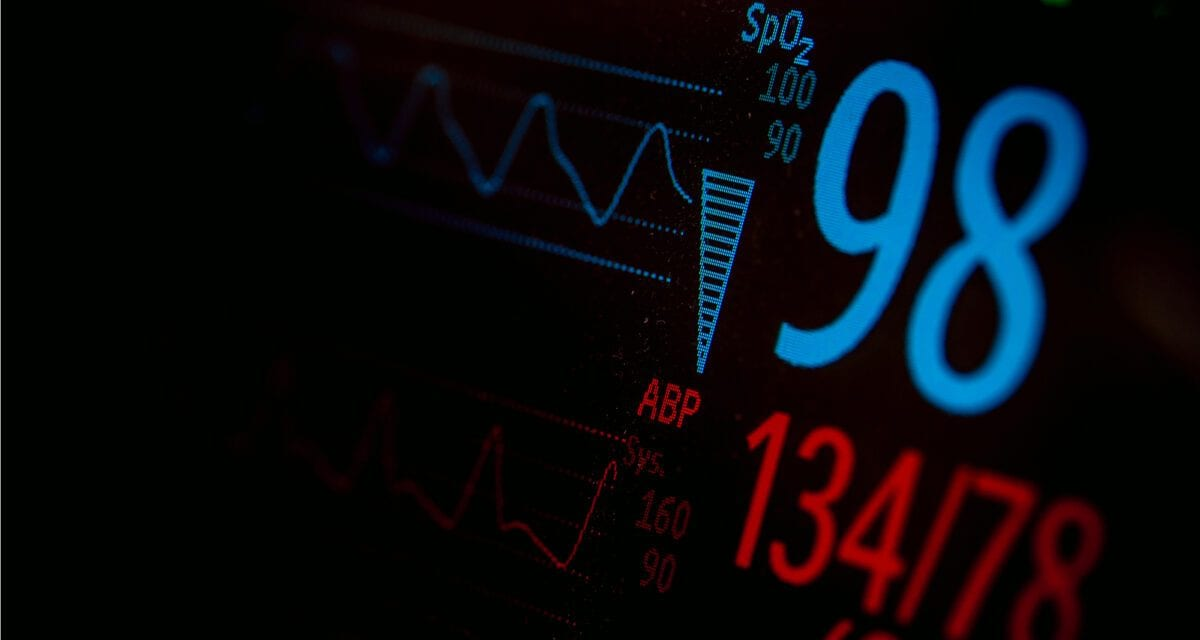 Dealing with Backlash, University No Longer Demands Students to Wear Device That will Monitors Vital Signs