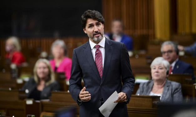 Trudeau Reinstates COVID-19 Updates because Pandemic Worsens