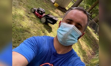 Guy Starts Free Lawn-Mowing Support for Seniors After Dropping His Job to COVID-19
