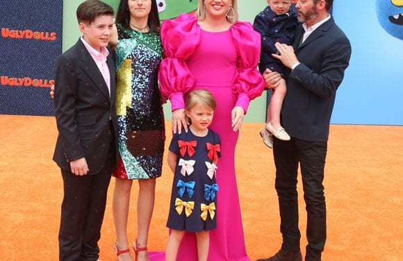 Kelly Clarkson Won't Be 'Truly Open' About Her Separation and divorce From Brandon Blackstock — Here's Why!