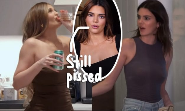 Kendall & Kylie Jenner Didn' t Talk For A 30 DAYS After That Crazy Fight Within Palm Springs!