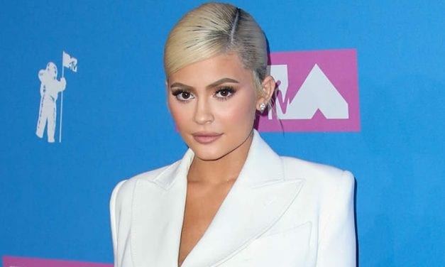 BUSTING: Kylie Jenner Wants Everybody To Know That Her Water Stress Is Fine